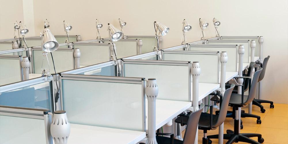 el aprendizaje de la hostelera requiere unos espacios y un aulas y mobiliario de formato tradicional combinadas con espacios